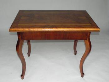 Extending Table - walnut veneer, solid walnut wood - 1860